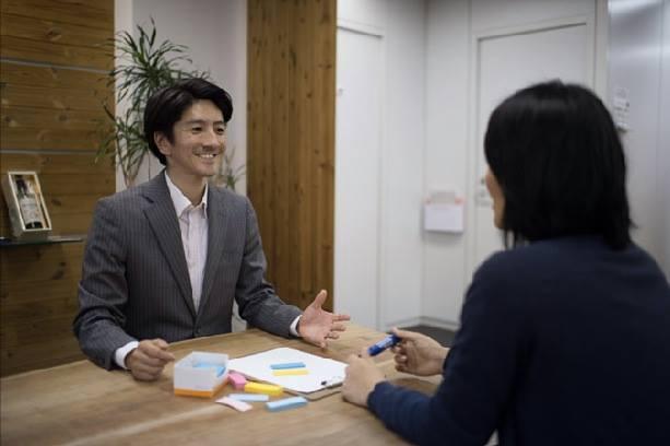 後藤光コーチ 「聴く力」でクライアントの考えを整理させる